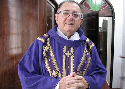 Frei Beppi celebra 50 anos de sacerdócio