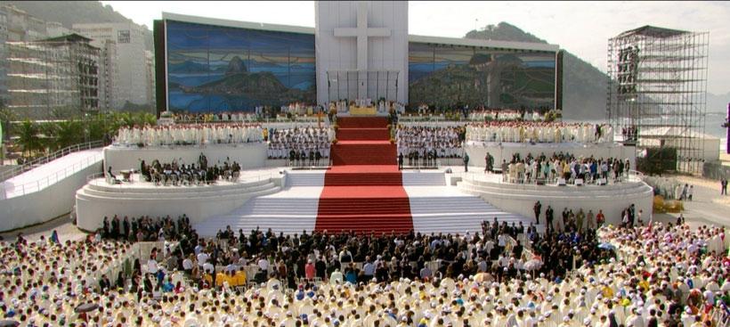 """Papa aos jovens: """"Ide, sem medo, para servir!"""""""