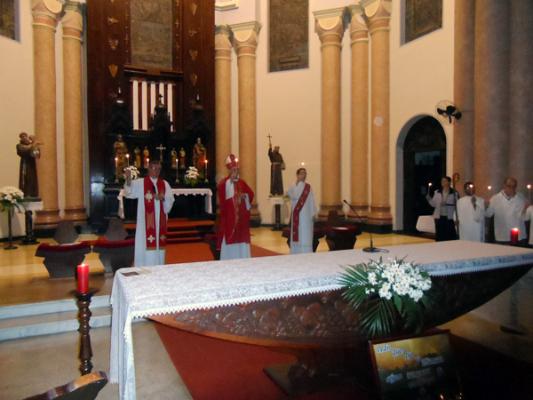 Missa com Dom José Negri
