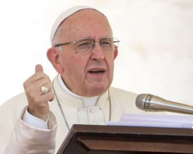 Papa Francisco: Injustiça é uma forma silenciosa de violência
