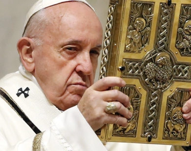 Papa: leiam o Evangelho todos os dias