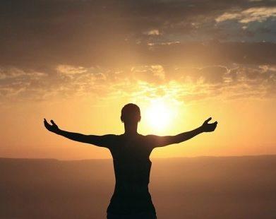 Peça a Deus que ilumine suas escolhas no dia que está começando